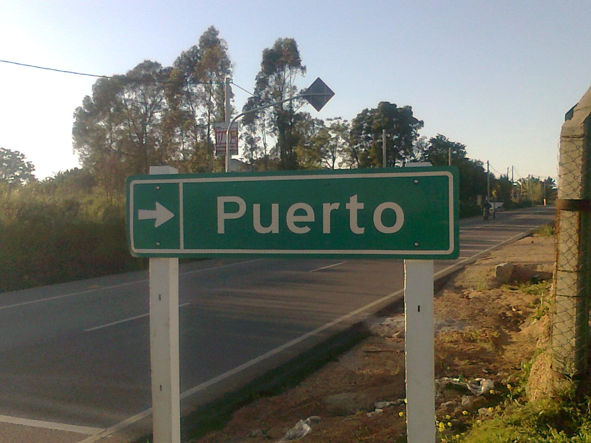 9 Cartel de Puerto inexistente